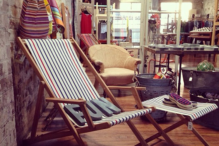 Oconnell Street Merchants French Deck Chair