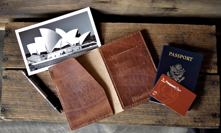 Bas and Lokes Leather Goods Passport holder