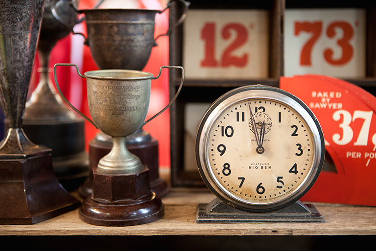 Vintage Clock Melbourne Finders Keepers Market