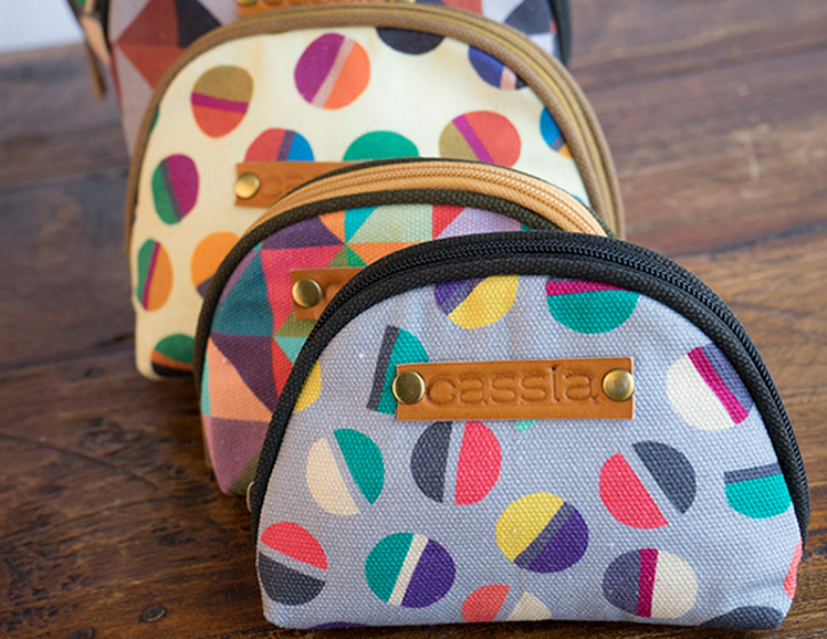 Cassia Essentiels canvas bags