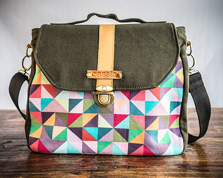 Cassia Essentiels convertible canvas midi bag - dragon fruit