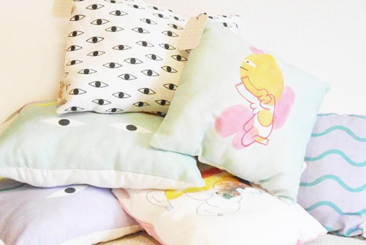 Min Pin printed cushions