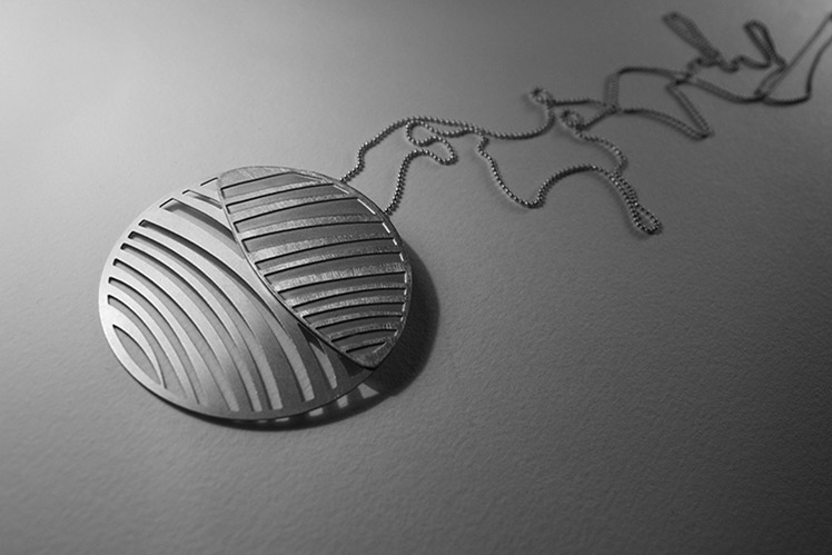 White November stainless steel sterling silver pendant