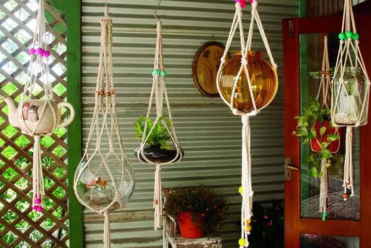 Macramake hanging macrame