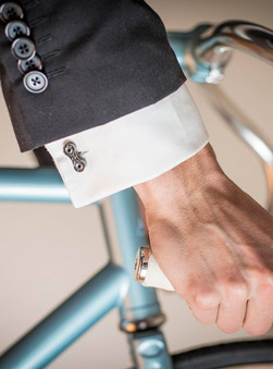 Featured Product: Bike Chain Cufflinks by Tread & Pedals